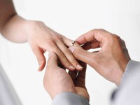Telusuri Sejarah Cincin Pernikahan