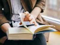 Membaca Sebagai Terapi Mental