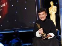 Jackie Chan Akhirnya Raih Piala Oscar