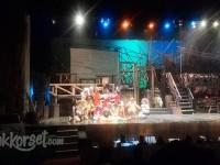 Rakyat Kecoa ala Teater Koma