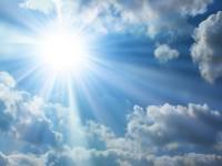Cuaca Cerah Perbaiki Suasana Hati