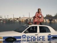 Video Musik dengan Kekuatan Fesyen