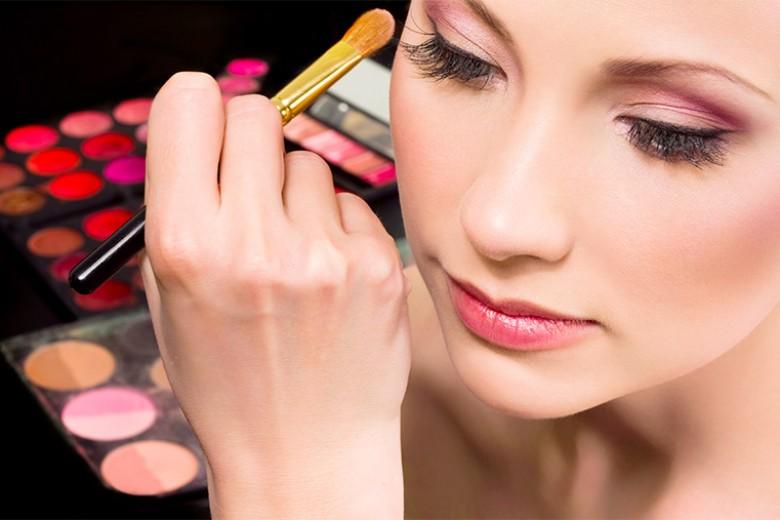 Ini Merek Kosmetik Terpopuler