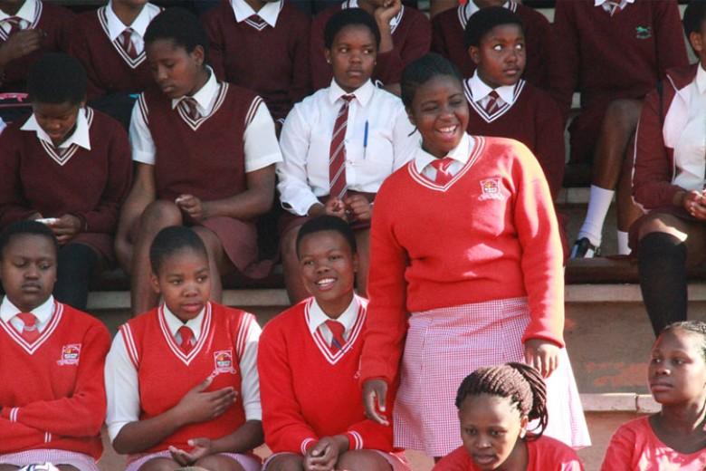 Perempuan Muda Rawan HIV AIDS