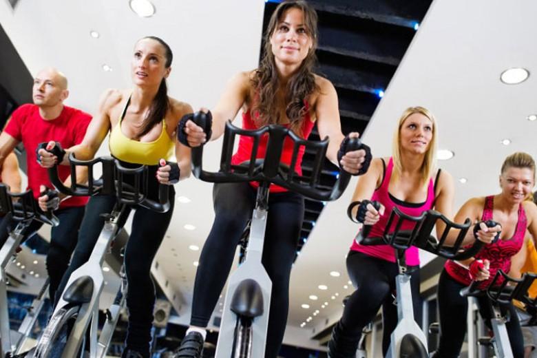 Latihan Sepeda Statis Bikin Langsing
