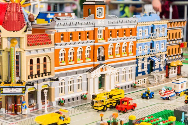 Serunya Main Lego di Bricklive Jakarta