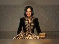 Rahasia Poppy Dharsono Rawat Sutra