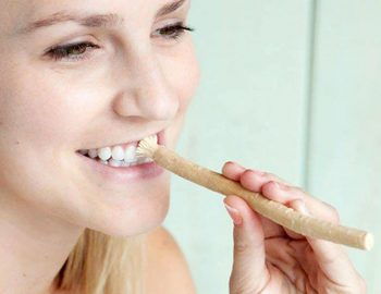 Ini Alasan Siwak Sehatkan Gigi