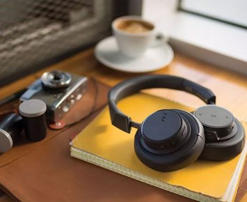 Headphone Keren Nan Terjangkau ala Plantronics