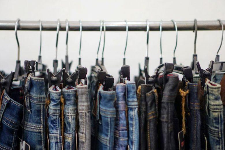 3 Aturan Memilih Jeans