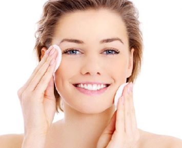 Pentingnya Wajah Bersih Sebelum Makeup