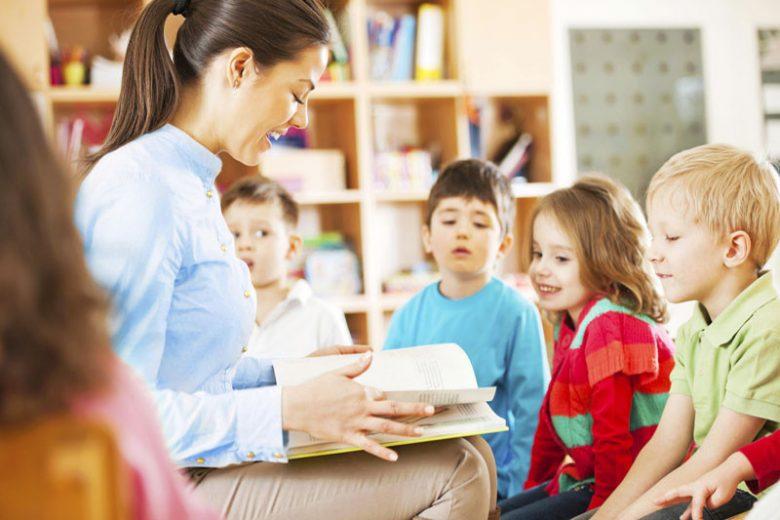 Read Aloud Mudahkan Anak Belajar Baca