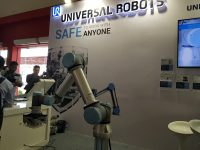 Universal Robots Lirik Peluang 'Cobot' di Indonesia