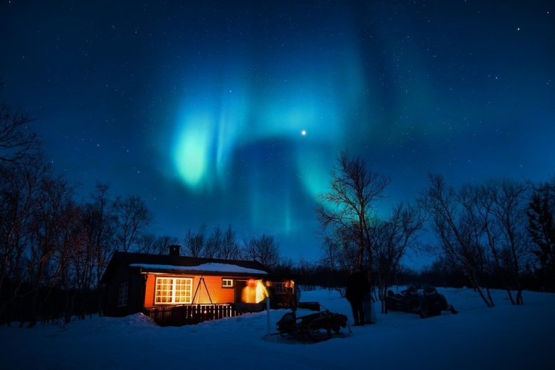 Tempat Paling Bercahaya untuk Menyaksikan Cahaya Utara