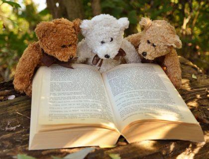 Wisata Literatur Dunia bagi Turis Kutu Buku