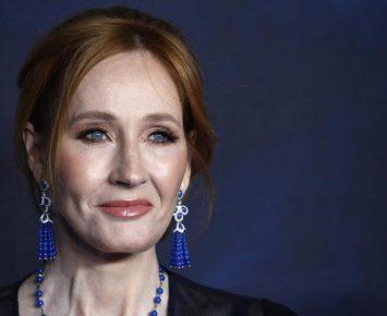 JK Rowling Donasi Jutaan Dolar untuk Riset Sklerosis