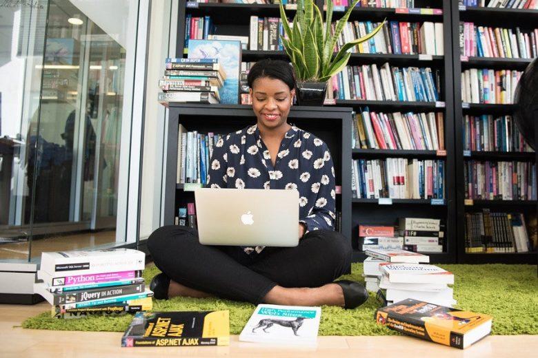 Klub Buku Virtual Bersama Sahabat