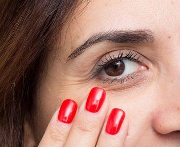 Tips Riasan Mata Untuk Perempuan Dewasa