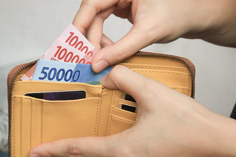 Pentingkah Uang Tunai Saat New Normal?