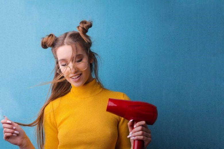 Tips Keringkan Rambut dengan Hair Dryer