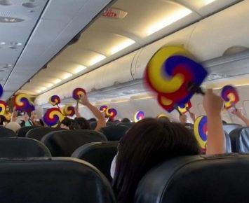 Tiket 'Terbang Tanpa Tujuan' Laku Keras