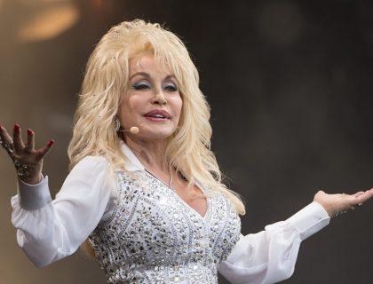 Dolly Parton, Pahlawan Amerika Terbaru
